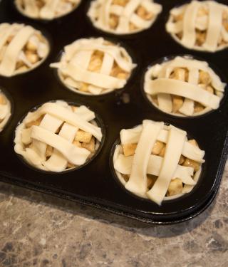 Mini Apple Pie lattice