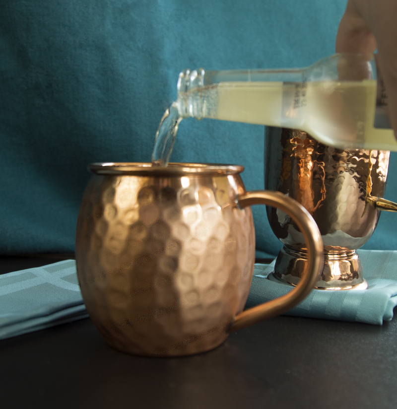 Moscow Mule pour