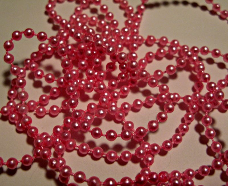 Valentine Banner Pearl String
